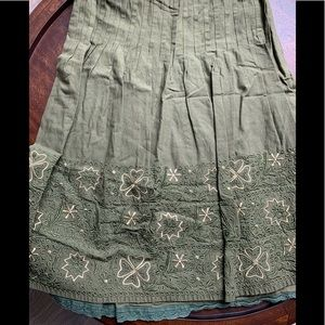 Anthropologie Olive Green Embroidered Skirt SZ 6